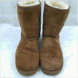 Ugg Boots Classic Short Chestnut Brown Boots Sz 10
